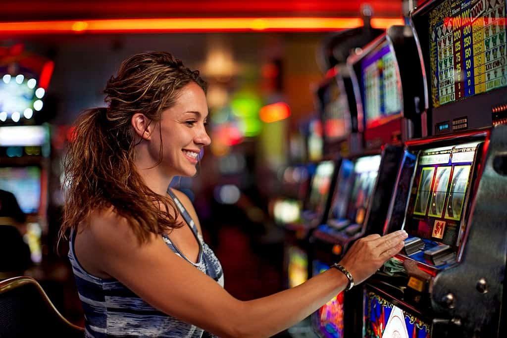 5 Online Slot Machines Every Player Needs to Know