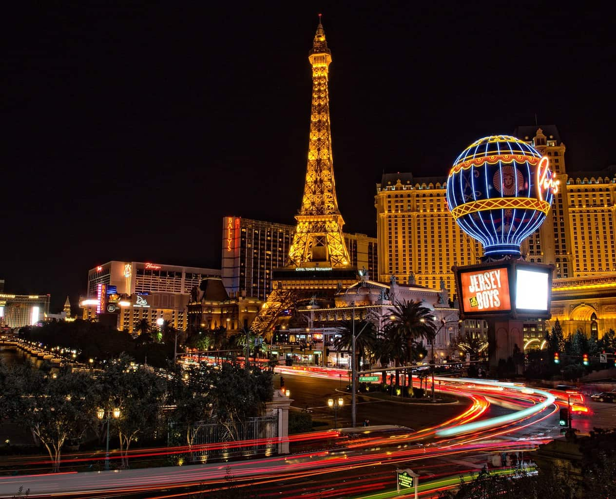 The 10 Worst Hotels to Avoid in Las Vegas