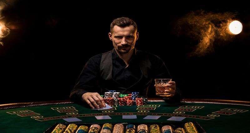 Essential Traits of a Successful Gambler