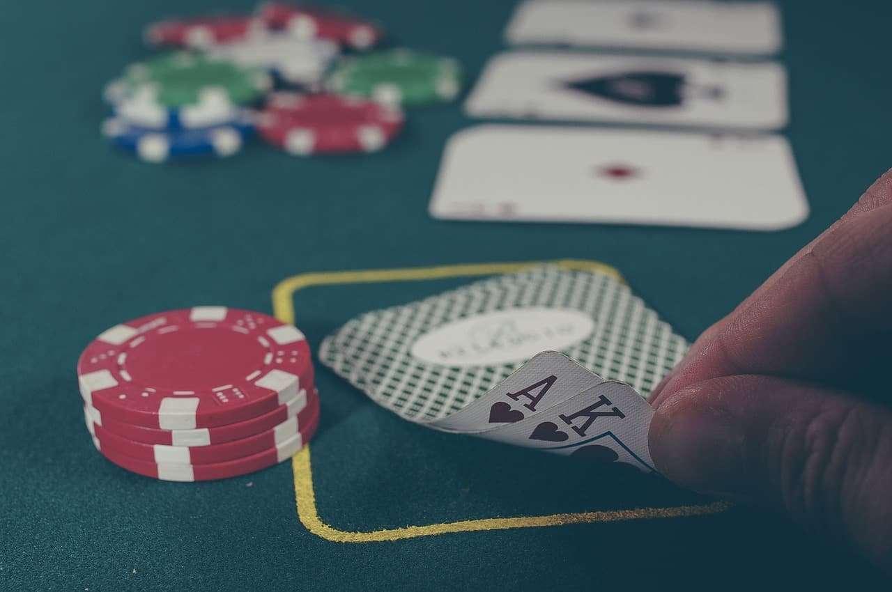How Blackjack Insurance Bet Works