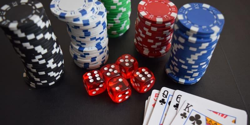 Top 10 Gifts for Gamblers